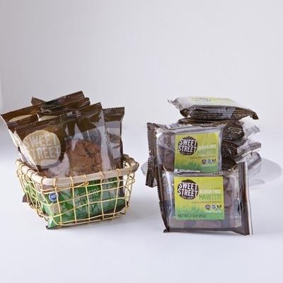 Manifesto(R) Gluten Free Pack Honduran Chocolate Brownie (6) & Zoes Crush Cookie (6)