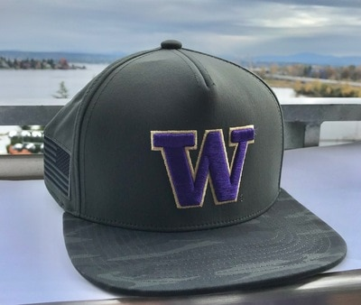 Washington Huskies Flat Brim Snapback Hat